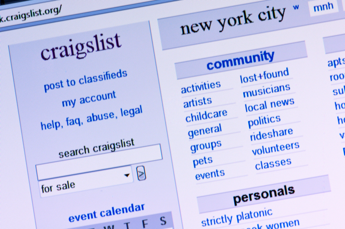 New Yorkers are seeking quarantine lovers on Craigslist